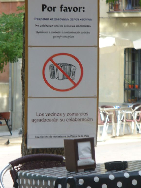 accordion free zone