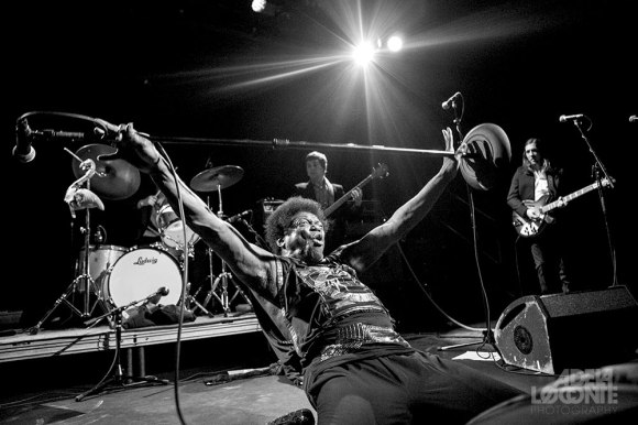 Adela Loconte - Charles Bradley (Music Hall of Williamsburg)